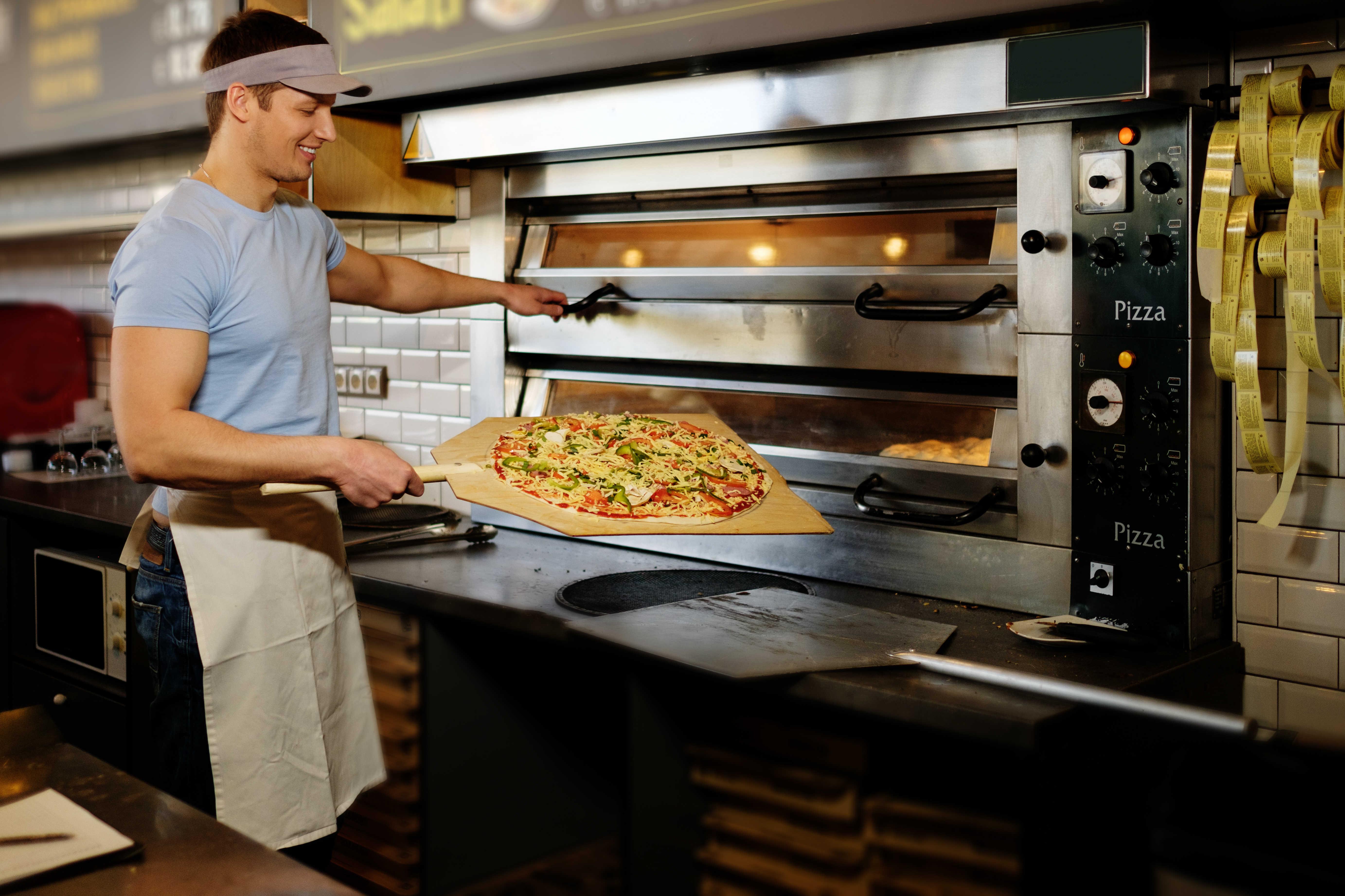 Exodraft pizzeria exodraft chimney fan solutions for you for Amenagement cuisine restaurant